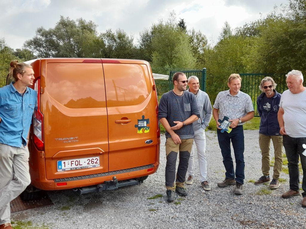 label camionnette espace vert